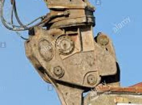 Excavator Pulveriser 1
