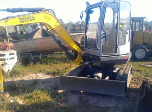 Excavator / Skid Steer / Tipper 1
