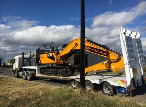 20 Ton Tracked Excavator JCB JS200 2