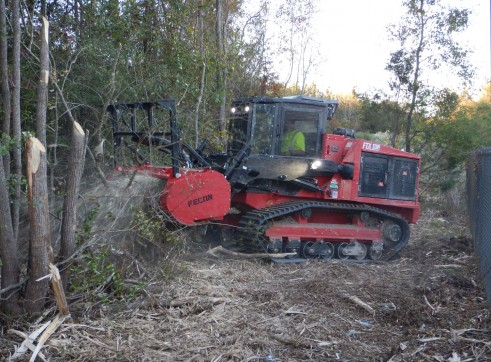 FECON FTX128L COMPACT MULCHING TRACTOR WITH MULCHER 2