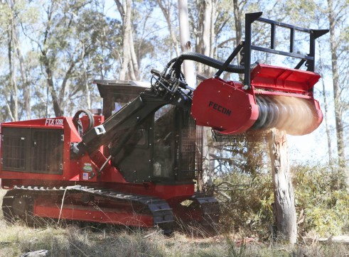 FECON FTX128L COMPACT MULCHING TRACTOR WITH MULCHER 3