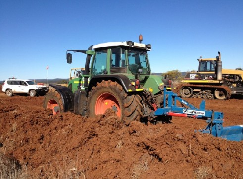 Fendt 716 Vario Tractor 160hp 4wd for hire 2