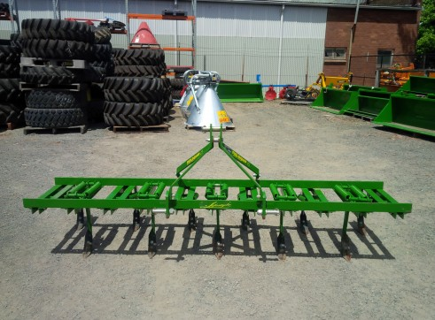 FieldQuip Chisel Plow  3