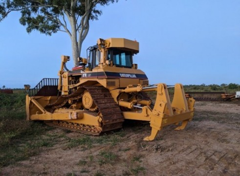 Fleet of D7 dozers & D7 swampy dozers 1