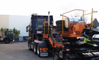 Float - 2x8 & 5x8 - Up to 100 Tonne 1