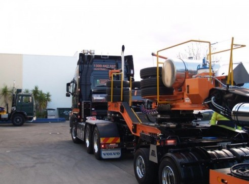 Float - 2x8 & 5x8 - Up to 100 Tonne 3