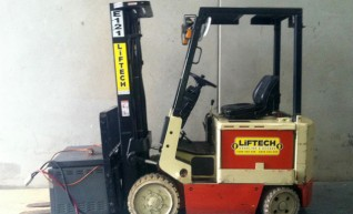Forklift  - 2.5 CB Electric 1