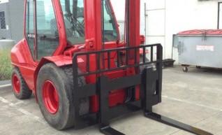 Forklift Rough Terrain 5T 1
