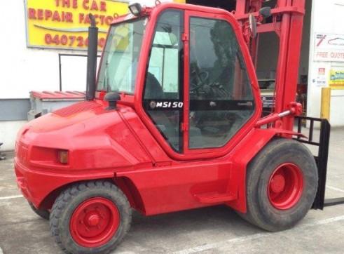 Forklift Rough Terrain 5T 2