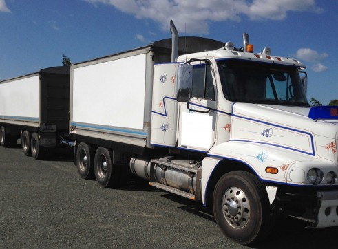 Freightliner Truck and Quad Dog - 31 ton capacity