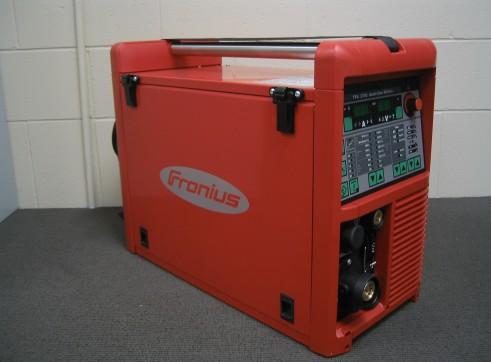 FRONIUS TPS2700 PULSE MIG 1