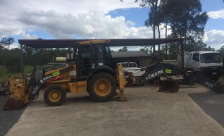 Front End Loaders, Backhoe, Skid Steer and Wheel Bobcat, Excavators, Tipper 1