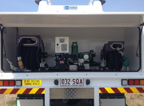 Fuel Truck 4x4 6000L 2