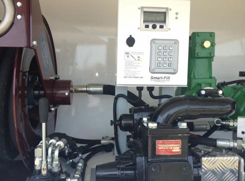 Fuel Truck 4x4 6000L 3