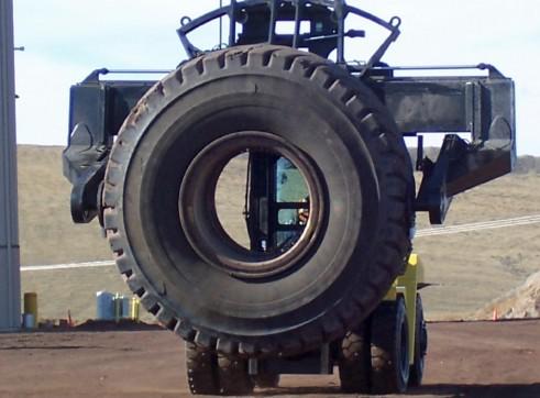 Greenfield GPI TH25 Tyre Manipulator 2