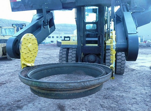 Greenfield GPI TH25 Tyre Manipulator 3