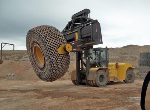 Greenfield GPI TH35 Tyre Manipulator 1