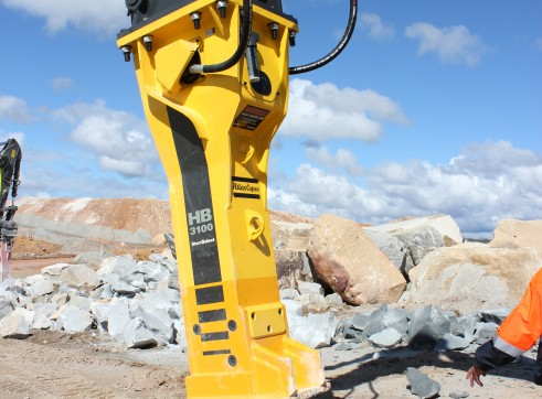 Hammer to suit 32-52T excavators 2