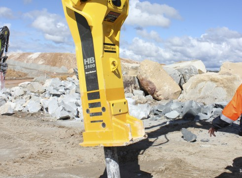 32-52T Hydraulic Hammer / Rock Breaker 1