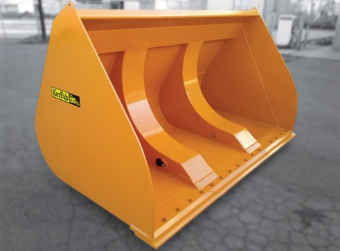 Heavy Duty High Dump Bucket 1