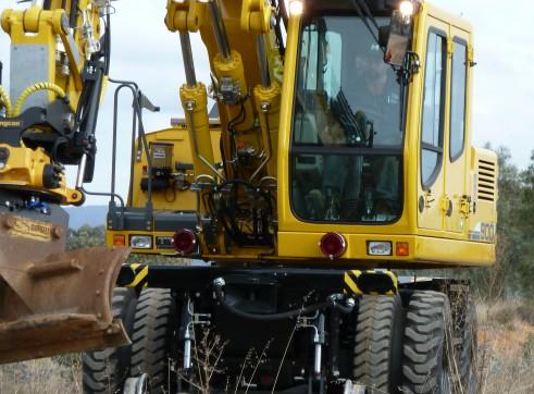 Hi-Rail Excavator 2