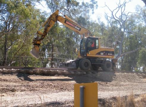 Hi-Rail Excavator 1
