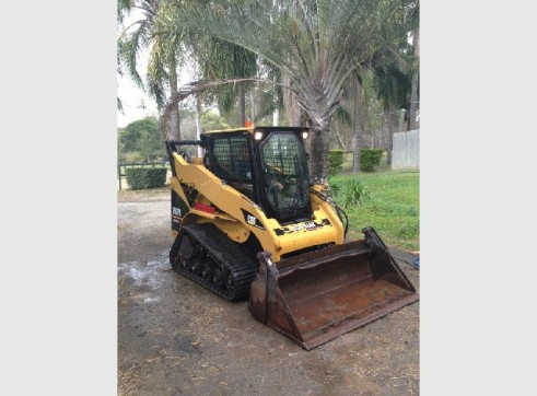 High Flow 257B Cat Skid Steer Track A/C Cab