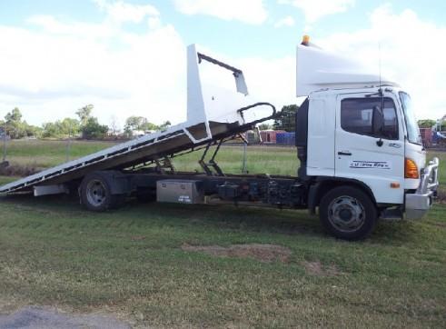 Hino 6 Ton capacity Tilt Truck (GVM12000) 1