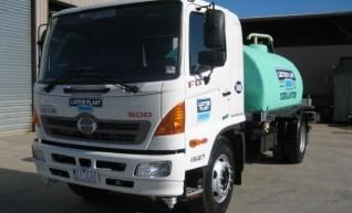 Hino FG500 7,000L Water Truck 1