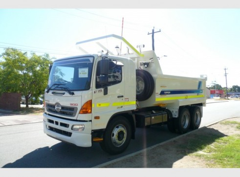 Hino FM 500 2426 Tippers 2
