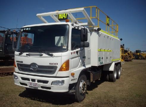Hino FM Shrike Service Truck 1