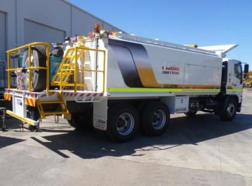 Hino Ranger Pro 14 6x4 AMS6700 Service Truck 2