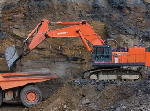 Hitachi 120T Excavator 1