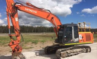 Hitachi / Cat ZX210 / 320E Excavators 1