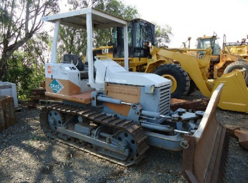 HITACHI DX40 DOZER 3