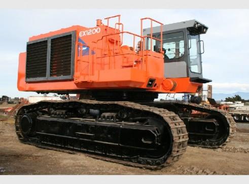 Hitachi EX 1200-6 mass excavation 1