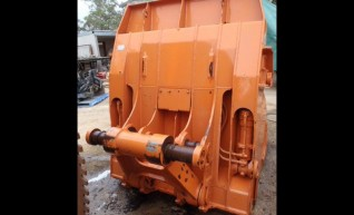 Hitachi EX400 High Dump Bucket  1