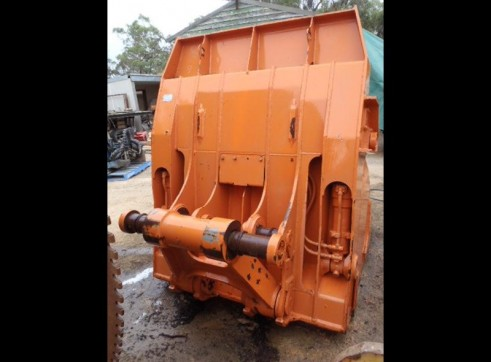 Hitachi EX400 High Dump Bucket