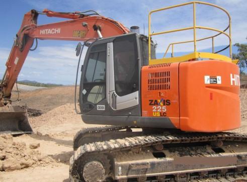Hitachi ZX 225 ULSC Excavator 1