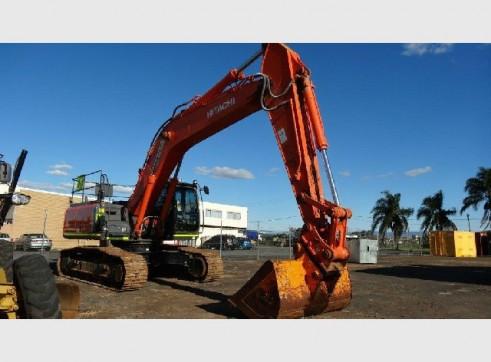Hitachi ZX330 30T Excavator