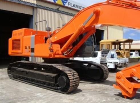 HITACHI ZX470H Excavator 2