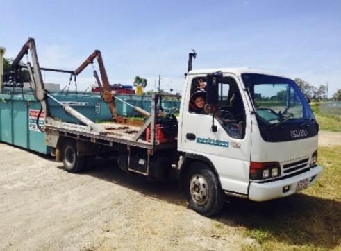 Hook & Skip Bin Trucks -  Fuso 1