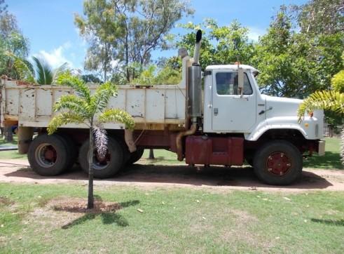 HV04 - Water/Tip Truck 1