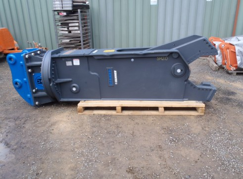 Hydraulic and Manual Steel and Wood Shears 4