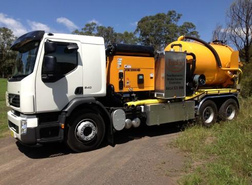 Hydro vacuum excavation trucks 2