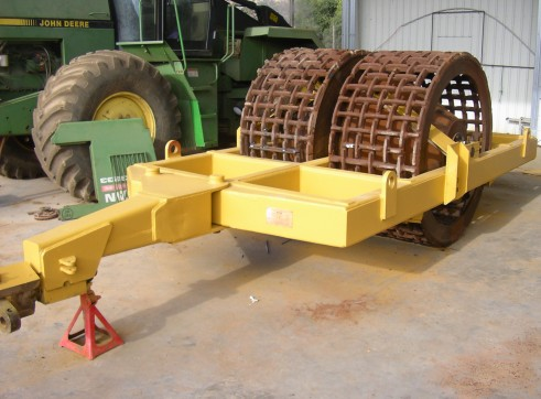 Hyster 15T Grid Roller 1
