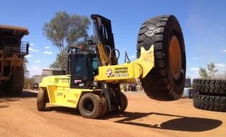 Hyster 16XM tyre handler 1