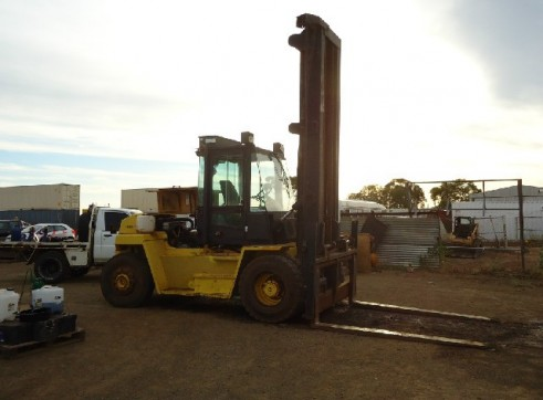 HYSTER FORKLIFT 10 TON 3