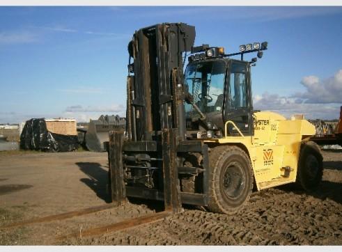 Hyster H18.00XM-12 Forklift 1