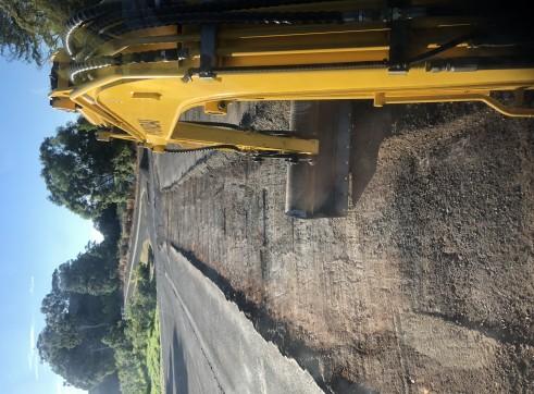 Hyundai 3.5 tonne Excavator 2